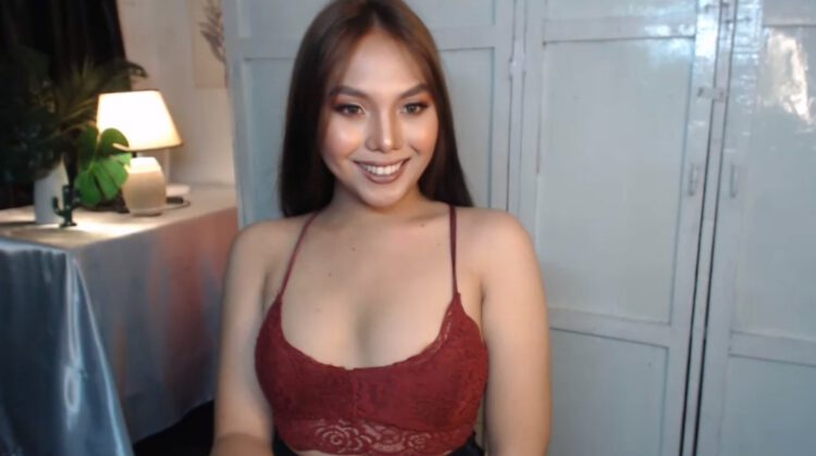Handsome Tgirl live from the Philippines